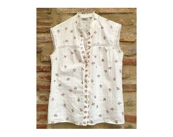 1970s 80s cotton floral sleeveless BLOUSE // size S