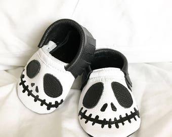 Skeleton moccasins with genuine leather baby moccasin toddler infant mocs soft-soled moccs shoe handmade Halloween costume Jack Skellington