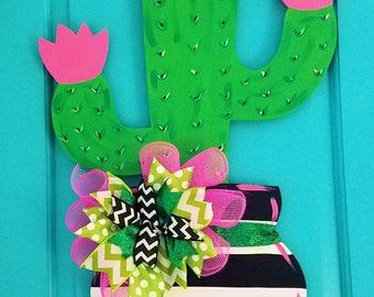 Cactus Wood Door Hanger by SimplyaDOORable, Cactus Door Decor, Cactus Wreath, Cactus Door Hanger, Southwest Decor, Southwest Door Hanger