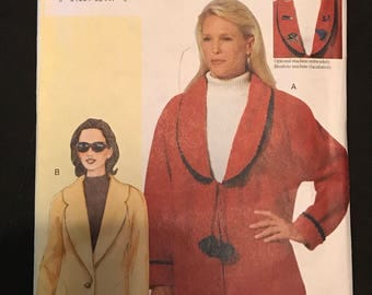 Vogue 7359 - Today's Fit Sanda Betzina Loose Fitting Jacket with Notched or Shawl Collar in Hip or Below Hip Length - ABC 32-36 OR DEF 38-43
