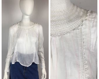 Vintage Edwardian Blouse / 1910s Greek Key Art Deco Lace Shirt / Small