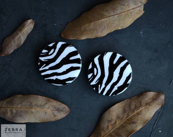 Pair plugs Zebra image wooden ear tunnels 4,5,6,8,10,11,12,14,16,18,19,22,25-60mm;6g,4g,2g,0g,00g;1/4,5/16,3/8,1/2,9/16,5/8,3/4,7/8,1 1/4""