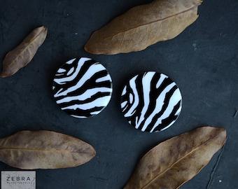 "Pair plugs Zebra image wooden ear tunnels 4,5,6,8,10,11,12,14,16,18,19,22,25-60mm;6g,4g,2g,0g,00g;1/4,5/16,3/8,1/2,9/16,5/8,3/4,7/8,1 1/4"""