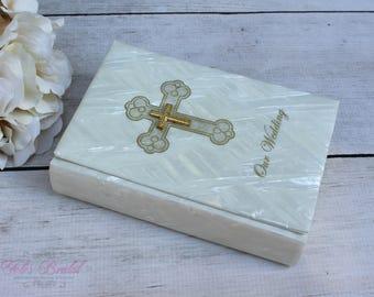FAST SHIPPING!! Beautiful Bible, Gold Cross Wedding Bible, Anniversary Bible, Wedding Gift, Anniversary Gift, English Bible, Vintage Wedding