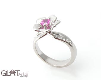 Engagement ring, Flower engagement ring,Flower garnet engagement ring, Flower shaped engagement ring, Personalized rings