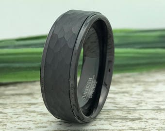 8mm  Black Tungsten Wedding Ring, Personalized Engrave Tungsten Ring, Black Hammered Tungsten Wedding Ring, Men's Ring, Father's Day Gift
