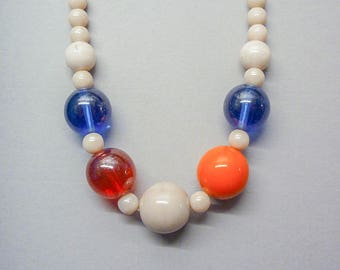 Quirky Thirties Bead Necklace