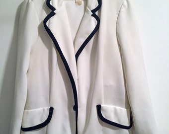 Women's Vintage Montgomery Ward White Jacket and Pant Suit with Skirt/1970s Women's Clothing