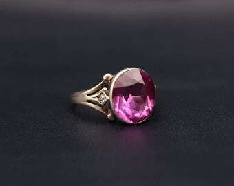 Vintage Sterling silver large pink ruby synthetic corundum ring