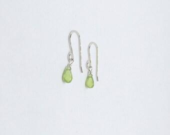 Peridot earrings, 925 sterling silver peridot earrings, August birthstone jewelry, birthstone earrings, natural peridot earrings
