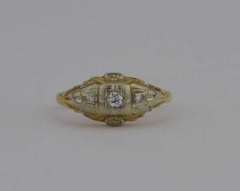 14k Yellow Gold Vintage Delicate Diamond Ring Size 5.75