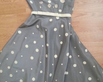 REDUCED/ MOVING SALE! 50s Strapless Dress xs