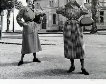 Fashion vintage Magazine Ads 1948 l officiel de la couture et de la mode de Paris. Numero 319 / 320 . Manteaux carven and lucile manguin