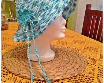 Crocheted summer hat (cotton / cotton)