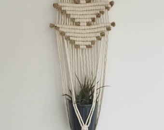 Small macrame plant hanger // plant holder // triangles