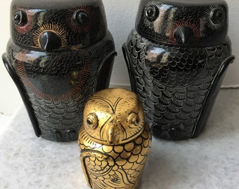 3 Vintage Lacquered Lidded Owl Containers (1970's)