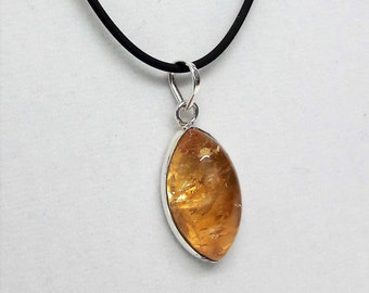 Beautiful pendant with Citrine