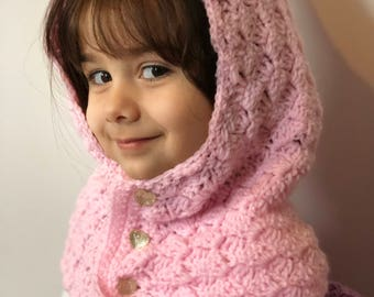Girl's hooded scarf
