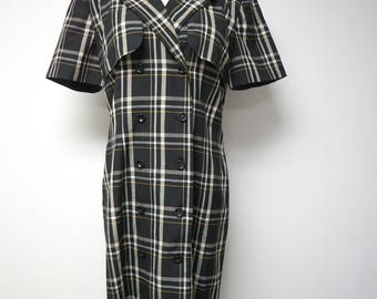 David Warren  .  plaid double breasted shirt dress  . size 10