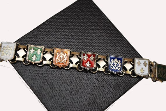 Book Chain Link Bracelet - Enamel shield - Fleur de lis - heraldric - vintage link bangle