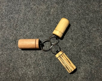 Pill Case Keychain, Pill Case, Pill Capsule, Pill Container, Keychain Pill Holder, Keychain Pill Case, Keychain Pill Box, Wood Pill Box