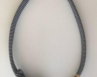 Loop de Loop Necklace Peach