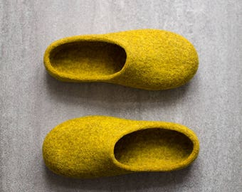 Yellow slippers Women slippers Felted clogs Mustard yellow house shoes Eco friendly home shoes Wool slippers Easter Gift for her