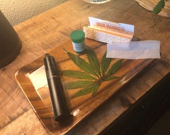 rolling tray with real cannabis leaves, rolling tray weed / not a stash box. weed rolling trays, 420 gifts