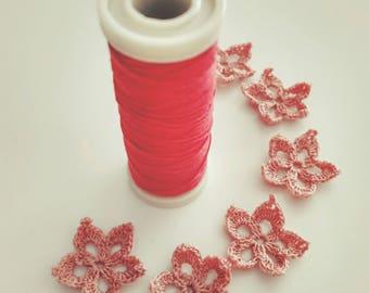 Crochet small flowers, Mini appliqués, Tiny Crochet Flowers, Scrapbook, Pink Crochet Flowers, Decorative Motifs (Set of 7)