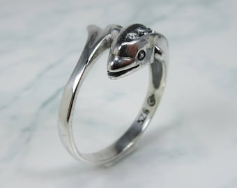 Dolphin Ring,  Dolphin Silver Ring, Dolphin Ring for Her,  Dolphin CZ Ring, Handmade Dolphin Ring, Dolphin Jewelry gift, Cute Dolphin