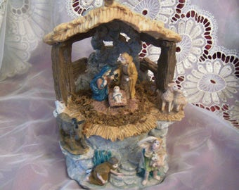 Quality Musical Vintage Nativity Scene Resin Music Box, plays Silent Night