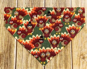 Thanksgiving Turkeys Dog Bandana. Thanksgiving dog bandana. Fall dog bandana. Turkey dog bandana. Pilgrim dog. Thanksgiving dog. Slip on