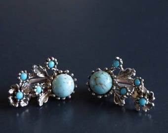 Vintage 1950s Earrings / Clip On //Vintage Jewellery// Gifts for Her.