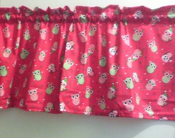 Window Curtain and Valance Owl in Holiday Christmas