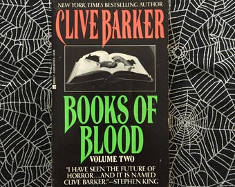 BOOKS OF BLOOD Volume Two (Paperback by Clive Barker)