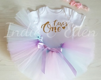 Birthday tutu baby outfit rainbow girls 1st one pastel blue lilac pink white babysuit birthday personalised set photo prop cake smash