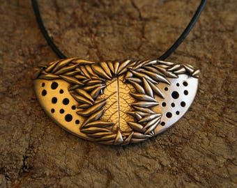 """Necklace """"Seeds"""" - Golden bronze"""