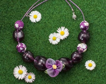 Purple flower and Pearl Necklace
