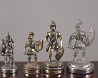 Miniature offer set,small statue,silver plated ,from a chess set,size perfect for dollhouse,fairy gardens,set of 4