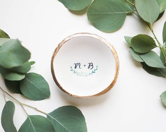 Personalized Eucalyptus Branch Jewelry Dish / Ring Dish / Wedding Gift / Bridesmaids Gift / Wedding Gift / Anniversary / Gift for Her /