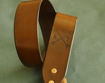Custom Camera Strap, Leather Camera strap, Crossed Arrows with Initials, Personalized Leather Camera Strap