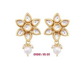 Indian Earrings,Kundan Earrings,Oxidized Earrings,Latest Trend,Floral Earrings, Earring Hoop,Pearl Earrings