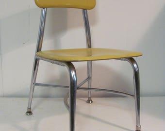 Vintage Mid Mod Heywoodite Childrens Work or Play Chair