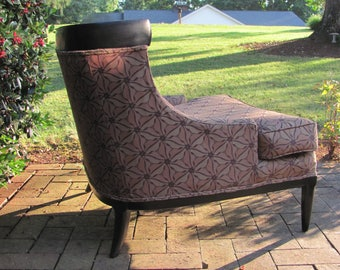Mid Century Modern Swoping Arm Lounge Chair