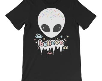 Oversized Alien Shirt | Pastel Goth Tee | Tumblr Shirt | Alternative Clothes | UFO Tee | Soft Grunge
