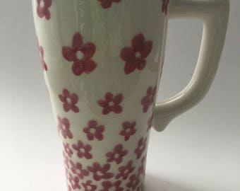 Ceramic travel mug hand decorated with a dark pink flowers, work mug, mug with lid,