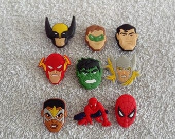Lot 9 jibbitz Marvel super heroes (badges for fangs)