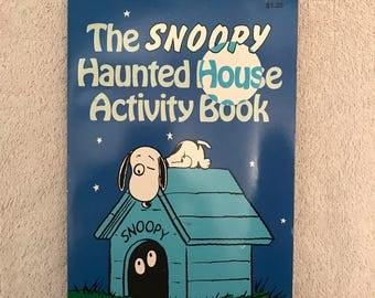Vintage Unused Snoopy Haunted House Activity Book