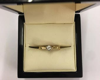 18ct Yellow Gold Solitaire Diamond Engagement Ring Size N 1/2