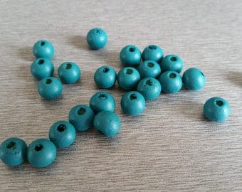 20 green wooden round 8 mm beads